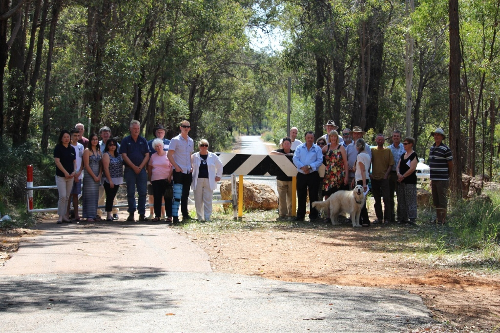 Lacey Road and Gill Street residents are concerned the roads will link Parkerville and Mundaring.