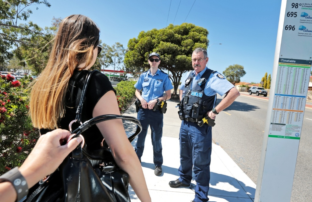 Snr Const Green and Sgt Mike Naumoff from Dianella Local Policing Team are targeting bag snatchers.Picture: David Baylis        www.communitypix.com.au   d444506