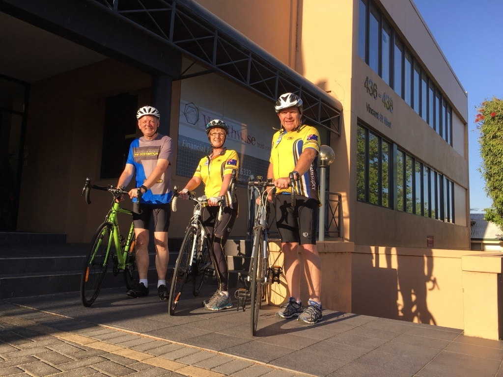 Mark Stephenson (left), Karen Mills and Jamie Luxton are part of the Wealthwise Ride to Conquer Cancer team. Picture: Shelby Cavanagh
