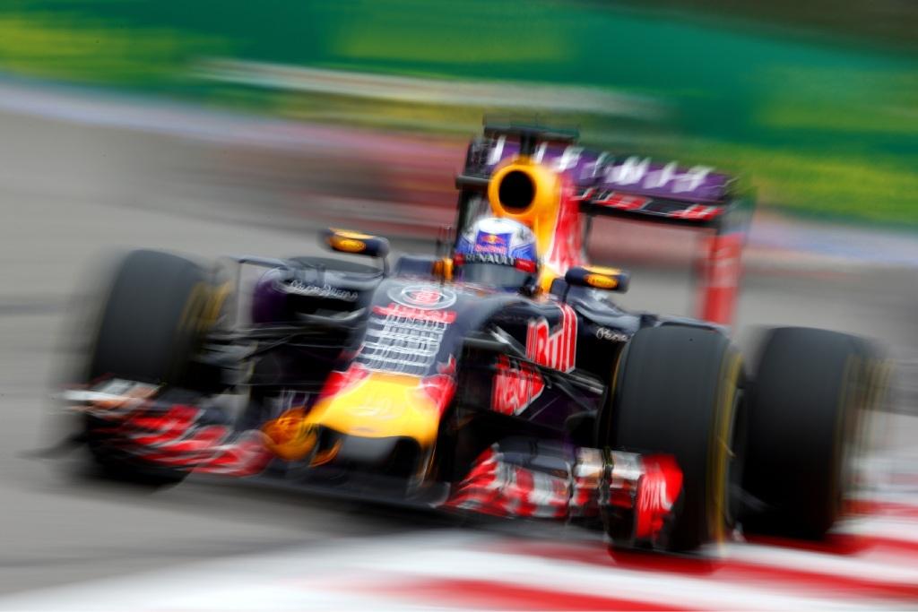 Daniel Ricciardo in action in Russia.
