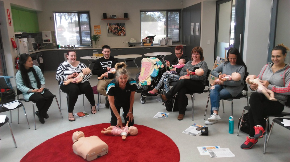 Parents take advantage of free CPR workshop