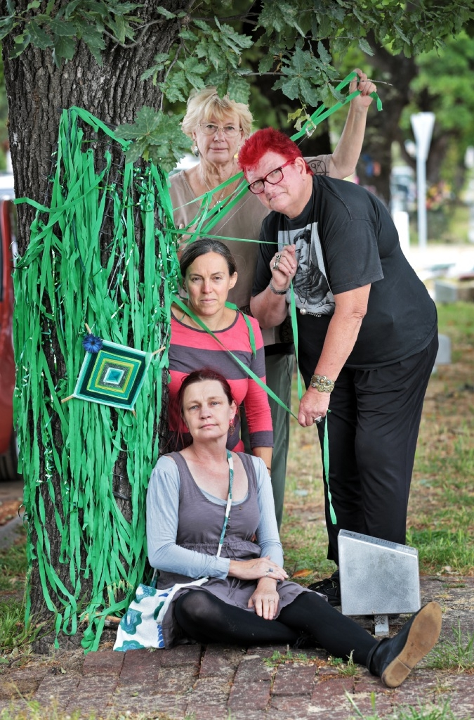 Bassendean Primary School protest branches out