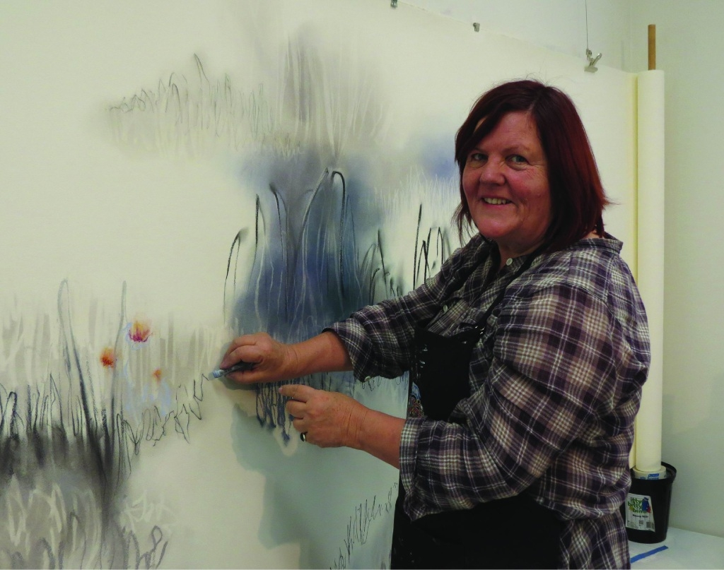 Mundaring Arts Centre artist in focus Gayle Mason demonstrates the art of Emaki.