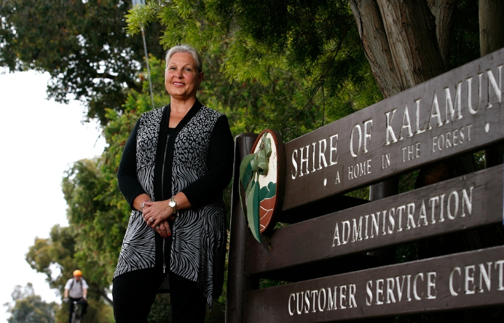 Cr Sue Bilich outside the Kalamunda Shire offices in Kalamunda. Picture: Marie Nirme        www.communitypix.com.au d445304