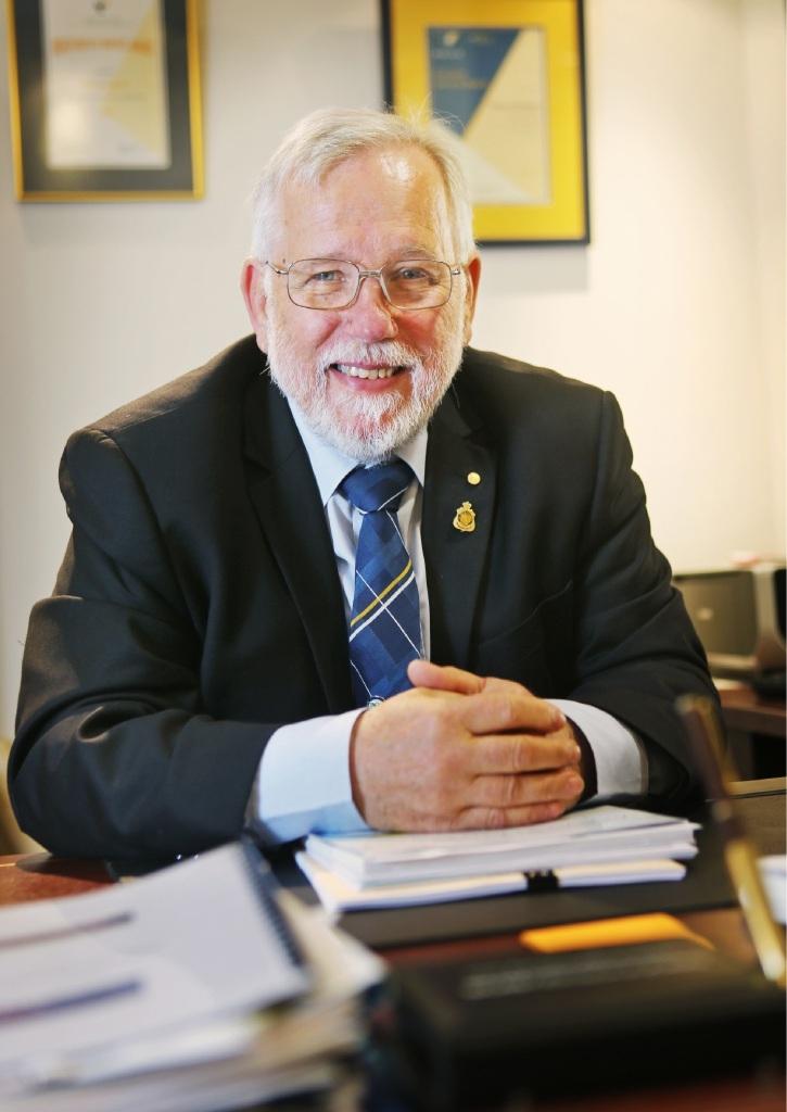 Mayor Henry Zelones.