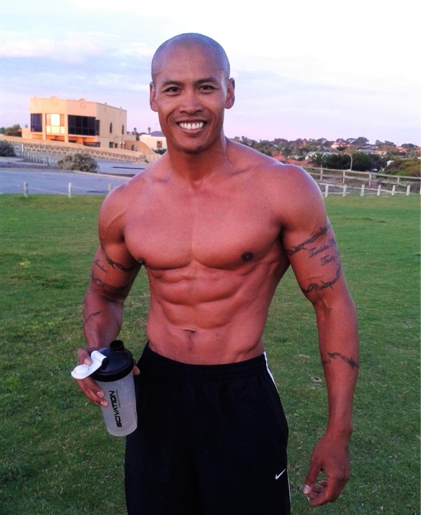 Bodybuilder Abs Beeza.