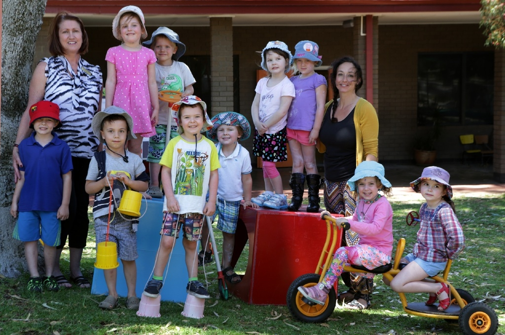 Teacher Cathy Witney and Education assistant Lisa Hall with kindergarten kids.