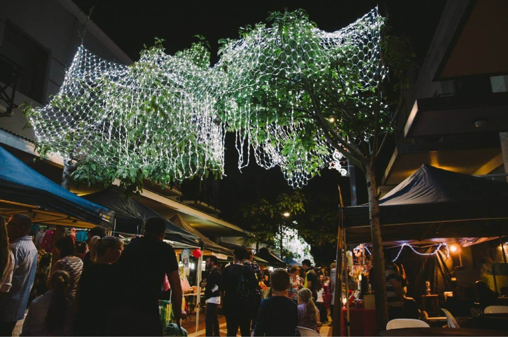 Many locals and visitors to the City enjoyed  last year's Joondalup Twilight Markets.