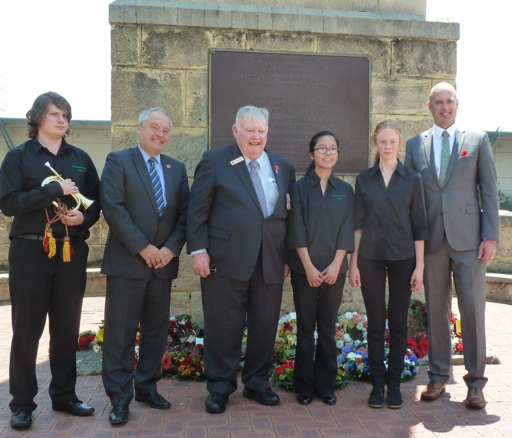 Dominic McKinnon, Melville Mayor Russell Aubrey, RSL state vice-president Denis Connelly, Jessica Wang, Matilda Toogood and Alfred Cove MLA Dean Nalder at the service.