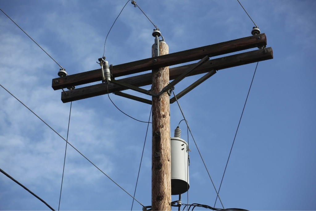The debate of having City of Bayswater's powerlines moved underground could reignite.