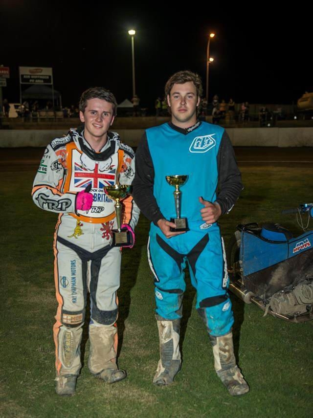 Doug Scoble and Jack Smith after the 500cc. Pictures: Jon Gall Photogrpahy