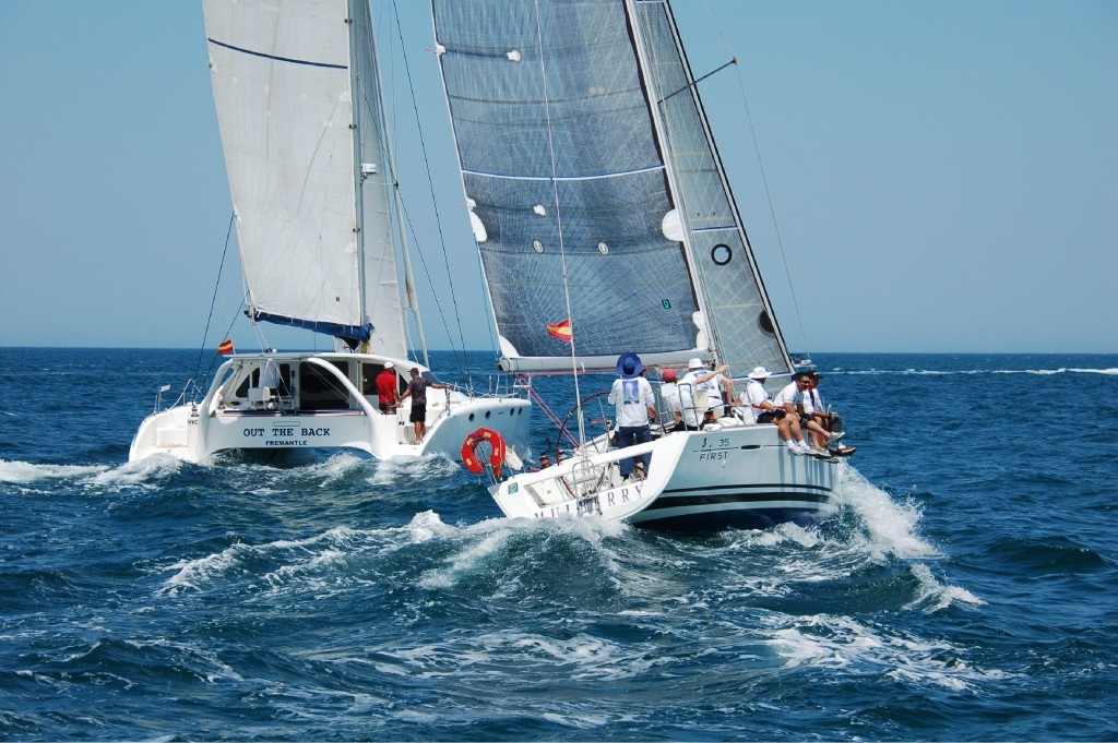 Mulberry slips into the passing lane on her way to setting fastest time Fremantle to Hillarys.