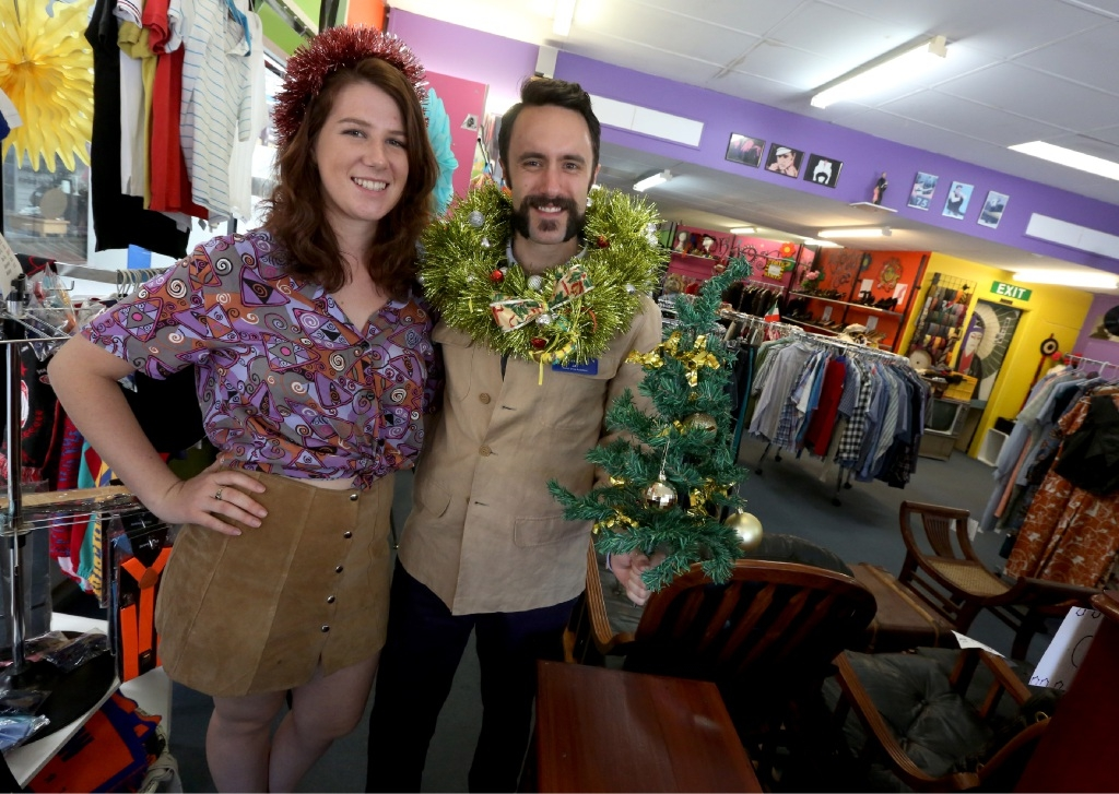 Lilly Dorn and Jay Overington helping out at the Vinnies store in Fremantle.Picture: Matt Jelonek        www.communitypix.com.au   d446901