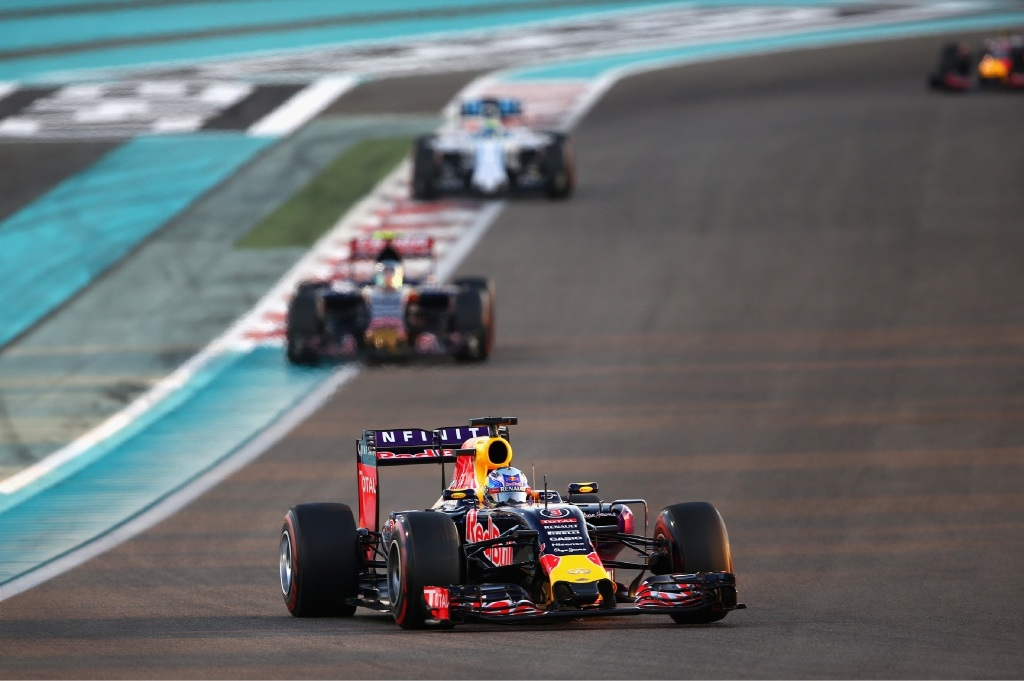 Daniel Ricciardo is optimistic about the 2016 season.