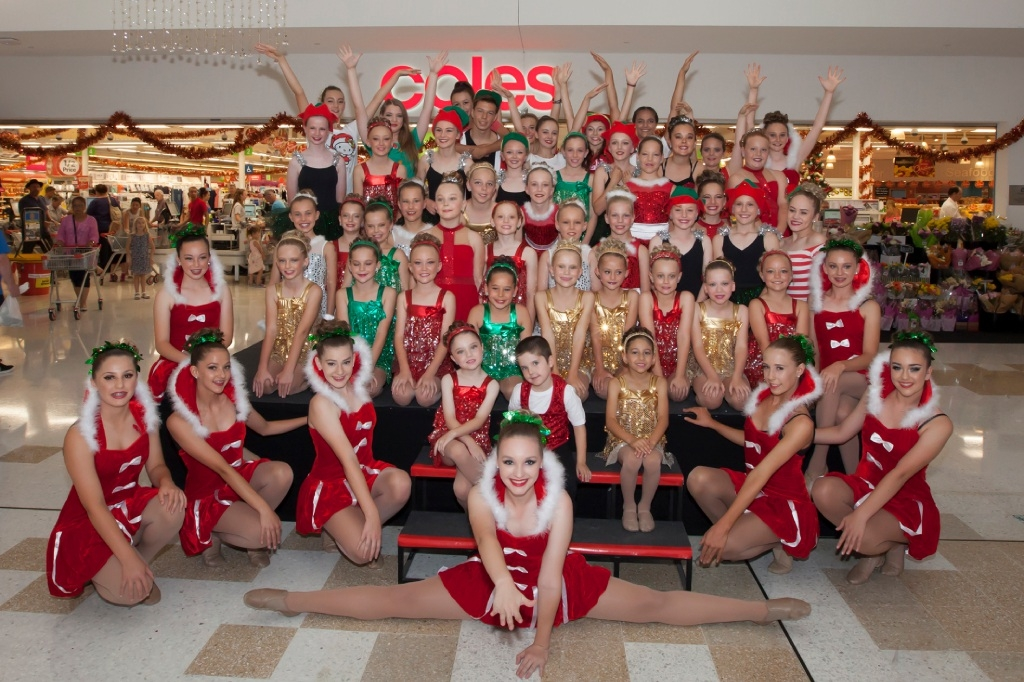 Young dancers welcome Santa at Clarkson shopping centre