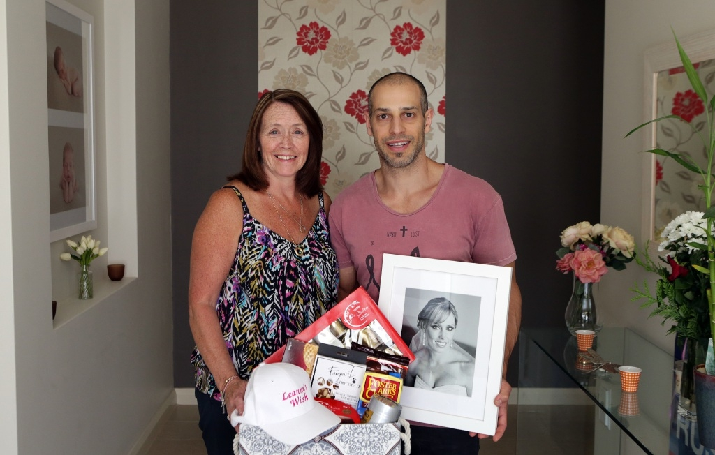 Leanne's Wish organisers Sheila Brown and Gary Russo. Picture: Martin Kennealey www.communitypix.com.au   d447161