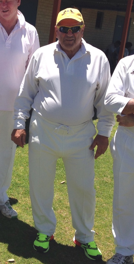 Frank Camporeale will play  his 600th game for Kardinya Lakes Cricket Club this weekend.