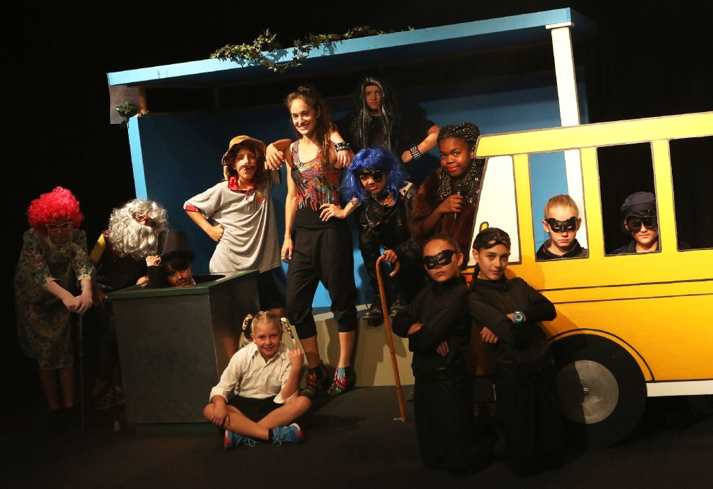 Students from the drama workshop in Belmont in their production of At the Bus Stop.Picture: Matt Jelonek www.communitypix.com.au   d446928
