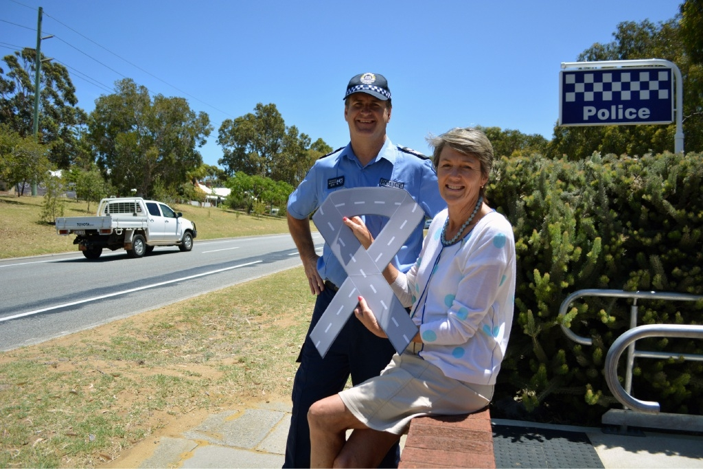Sergeant Tony Booker and Mayor Jo Dawkins are reinforcing the Road Ribbon message.         Picture: Rosanna Candler