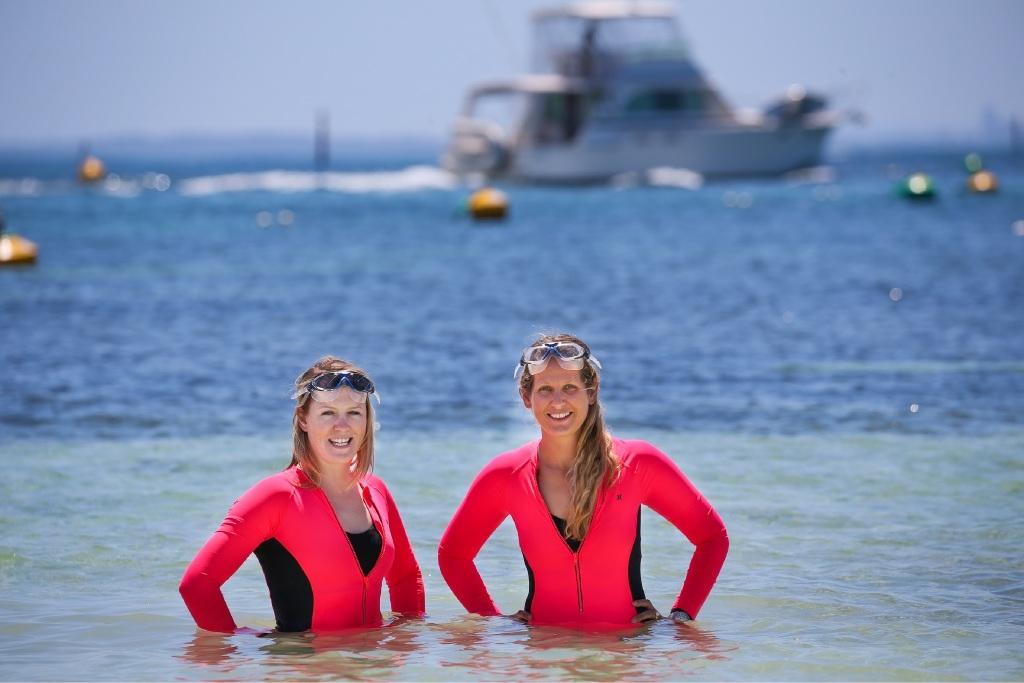 Buoy oh Buoy, Rottnest Swim duo raise money for Leukaemia