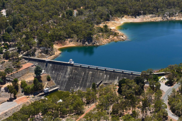Mundaring Weir closure works to help save water