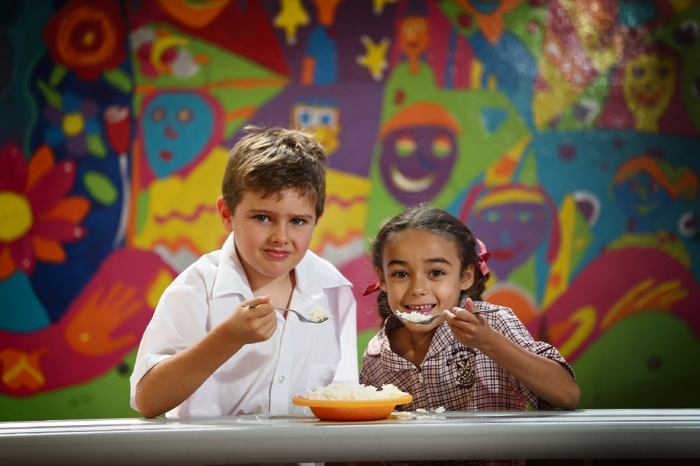 Year 2 students Jack Elliss and Eva Macmillan at the school's Rice Day. Picture: Andrew Ritchie         d467051