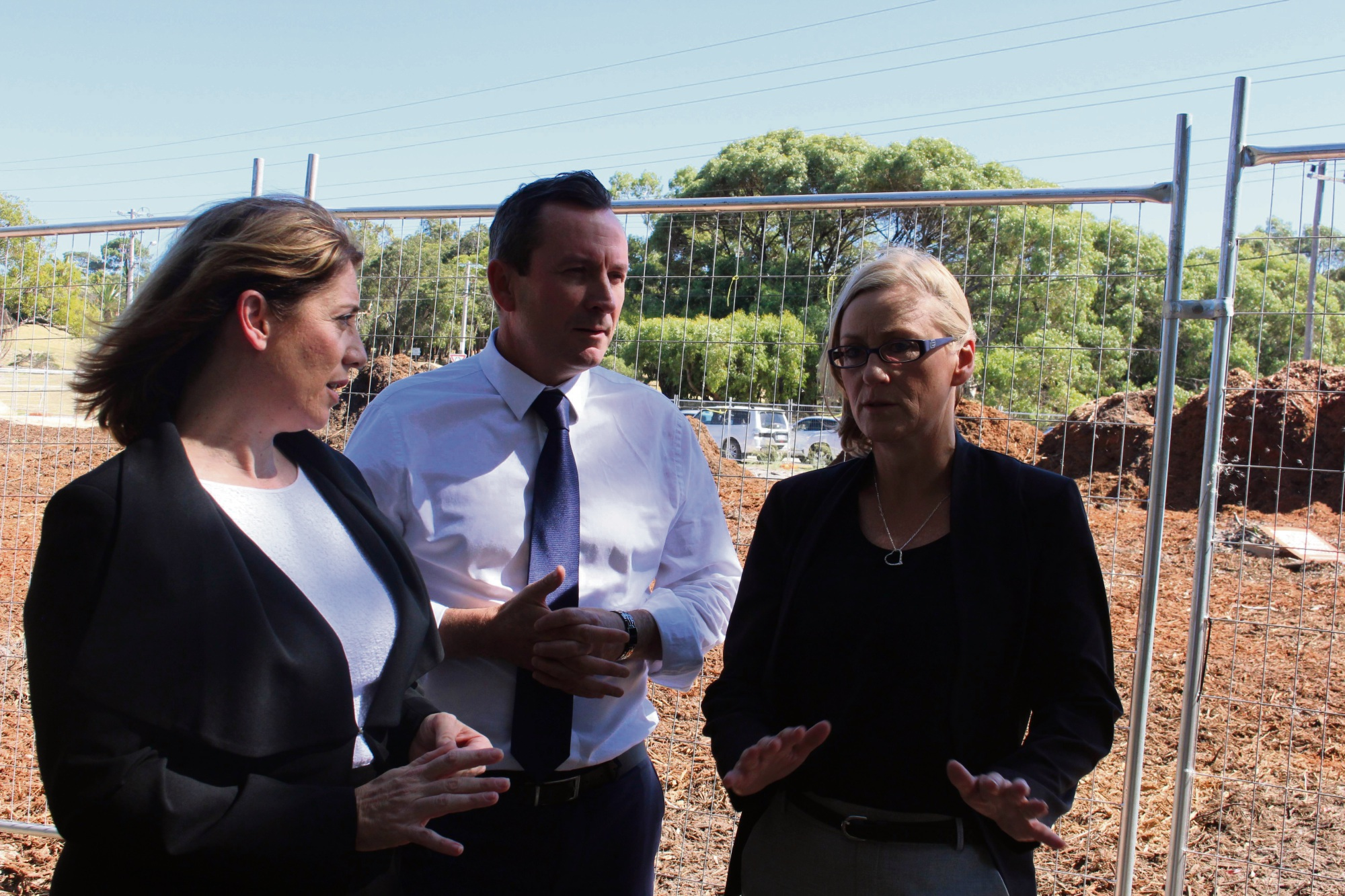Photo: Transport Minister Rita Saffioti, Premier Mark McGowan and Bicton MLA Lisa O'Malley