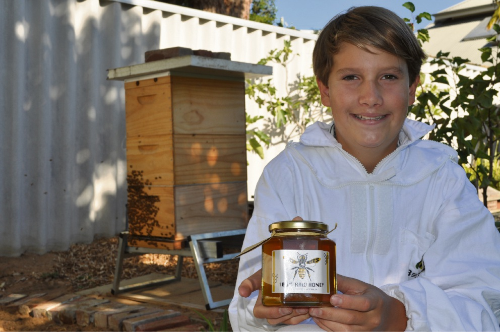 You wouldn't bee-lieve it: Bicton teen turns beekeeper