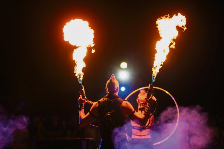 Zap Circus. Pictures: Luke Baker