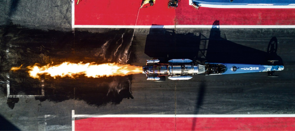 Jet-powered dragsters, reaching speeds up to 480km/h, will thunder down the Kwinana Motorplex dragstrip in the season finale on Saturday night.