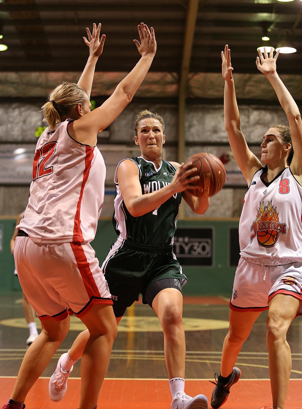 Klara Wischer was dominant. Picture: Michael Farnell, sportsimagery.com.au