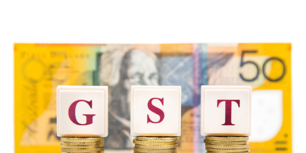 There should be one flat rate for GST