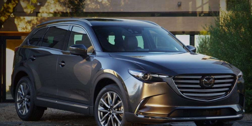Mazda CX-9: a cargo carrier with comfort