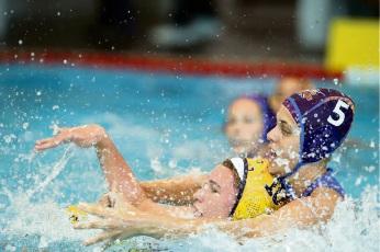 Melville Marlin Chloe Nella tackles Sydney University's Matilda Kearns.