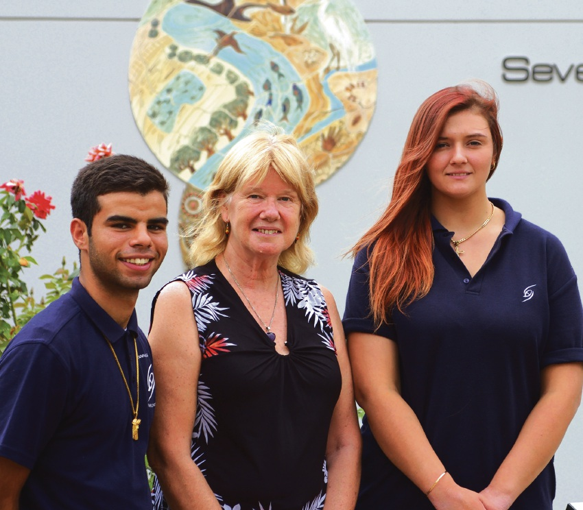 Tracy Lyon with scholarship winners Cassius Loo and Jasmine Helwig, from Sevenoaks Senior College.