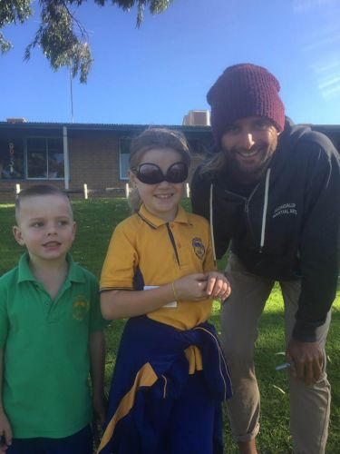 Bambara Primary School students Myles and Jessica Sutton with Colin Luthwood.