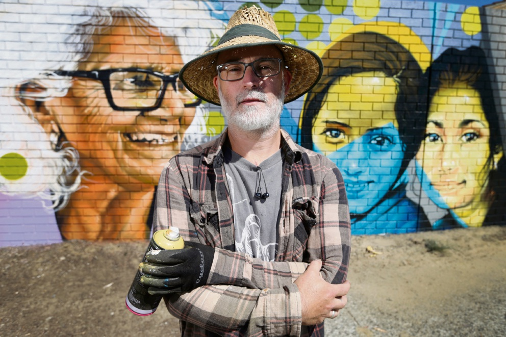 Mural artist Steve Cross. Picture: Andrew Ritchie