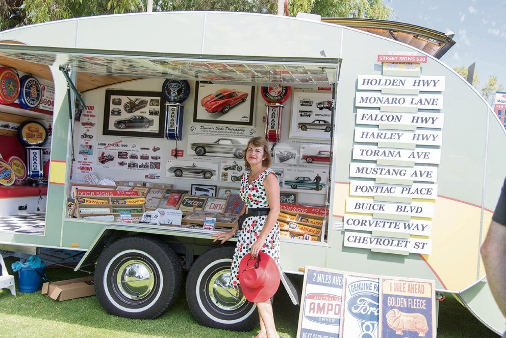 Retro Rewind draws crowd of thousands to Yanchep