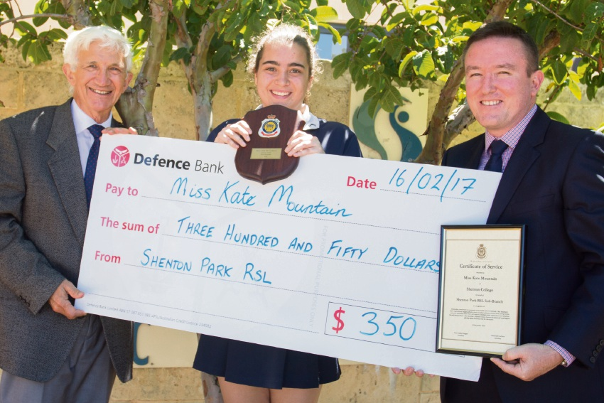 Shenton College student wins RSL Service Learning Award