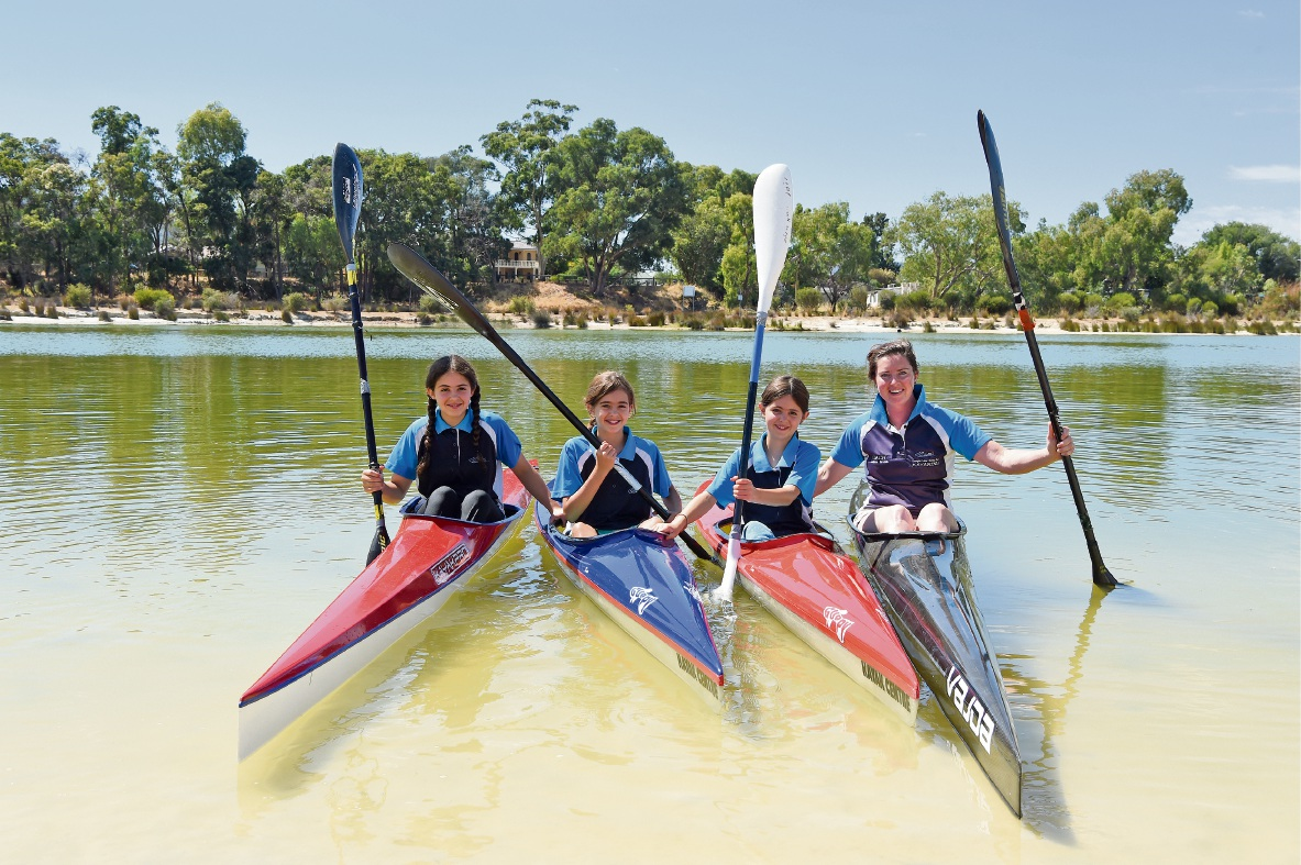 Champions Lakes Boating Club members off to nationals
