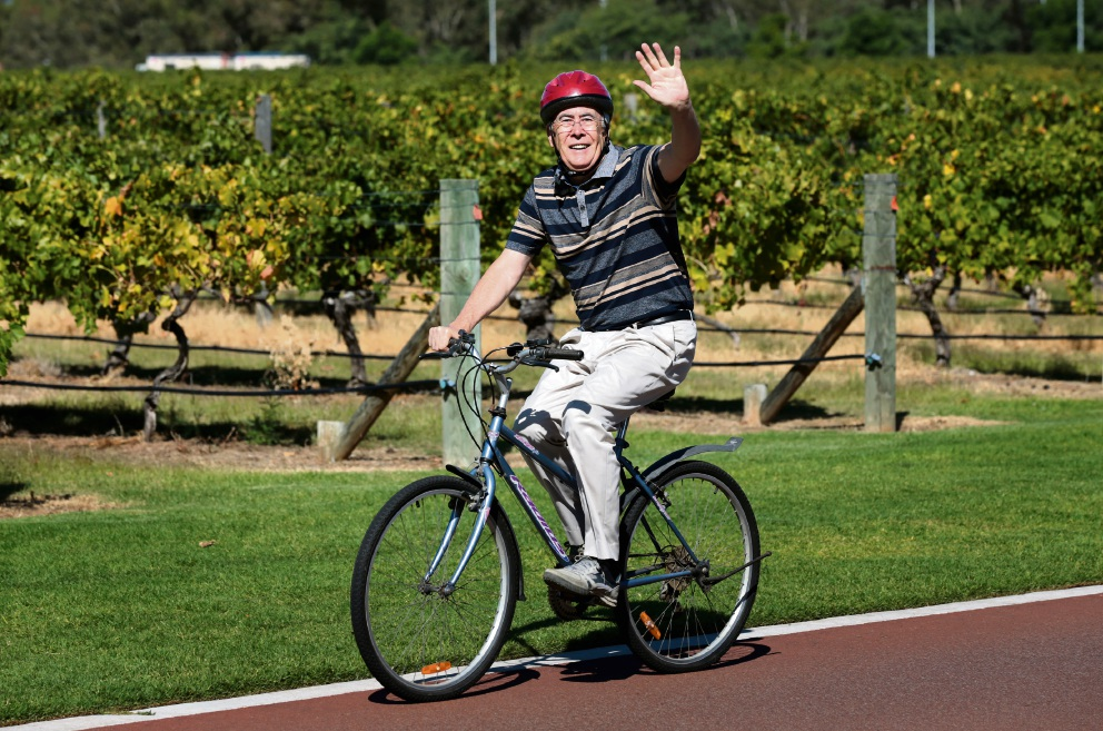 Cr Rod Henderson in training for the bike ride. Picture: David Baylis www.communitypix.com.au d468079