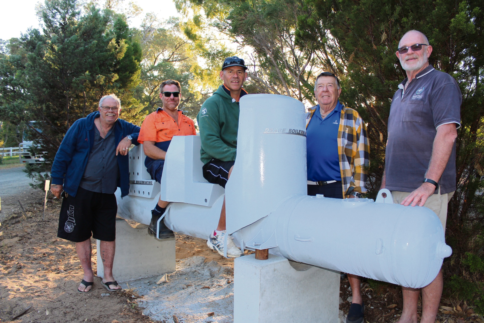 Laurie Drage, Mark Ashby, Scott Goodrick, John Beevis and Rick Avery with the mini-submarine that was installed at the club's Baldivis headquarters early last Thursday morning.