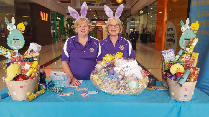 Wanneroo Lions Club members Glenys Fricker and Marilyn Sutton.