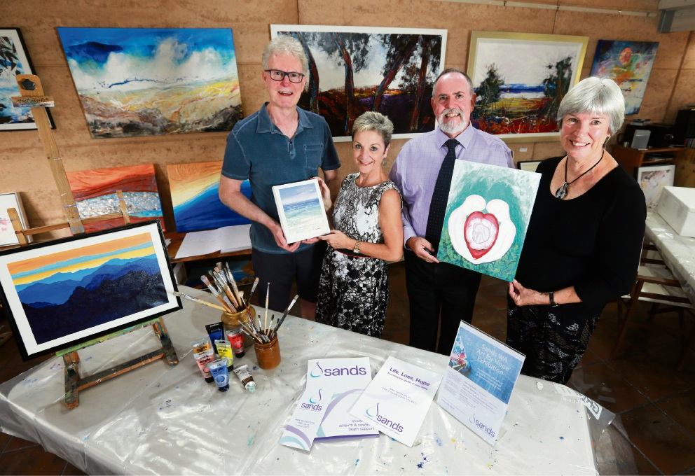 Gerald Ashcroft, Janina and Wayne Faulkner  and Liz Payne are exhibiting in the  Sands WA Art for Hope exhibition. Picture: David Baylis www.communitypix.com.au   d451496