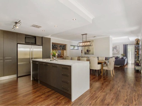 Shoalwater, 143 Gloucester Crescent – Auction