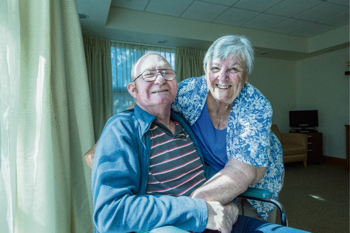 Sandy and Lyn Connell recently celebrated their 50th wedding anniversary.