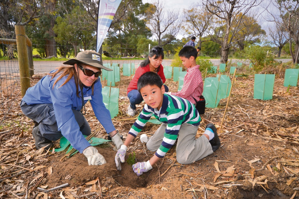 Kwinana residents are being encouraged to help plant native seedlings at Sloan's Cottage on Sunday.