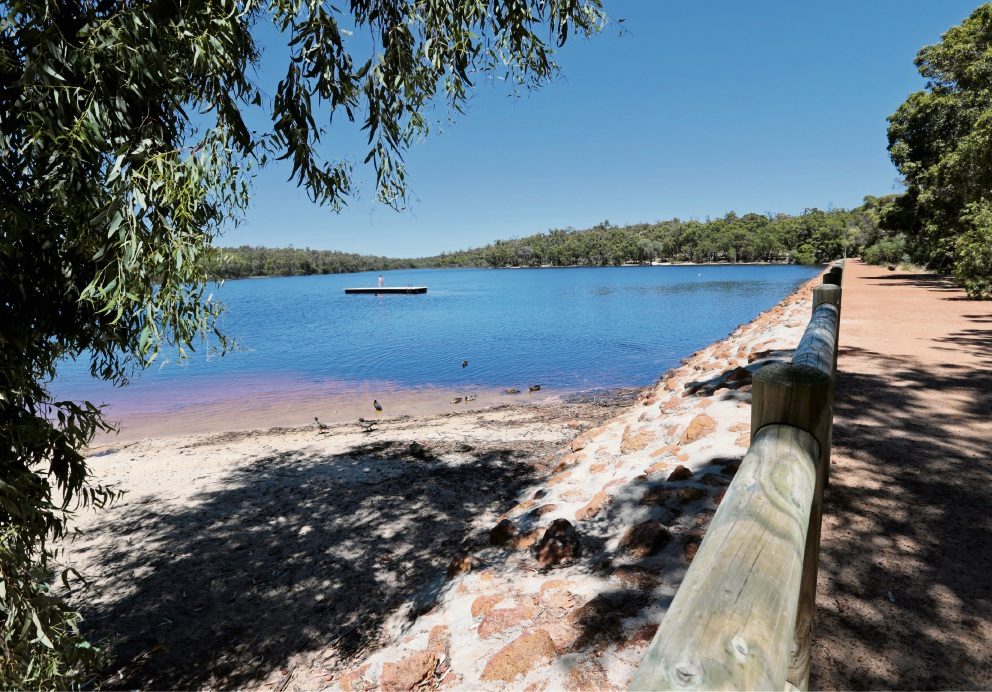 Mundaring Shire considers outsourcing Lake Leschenaultia amenities to offset lower rate rise
