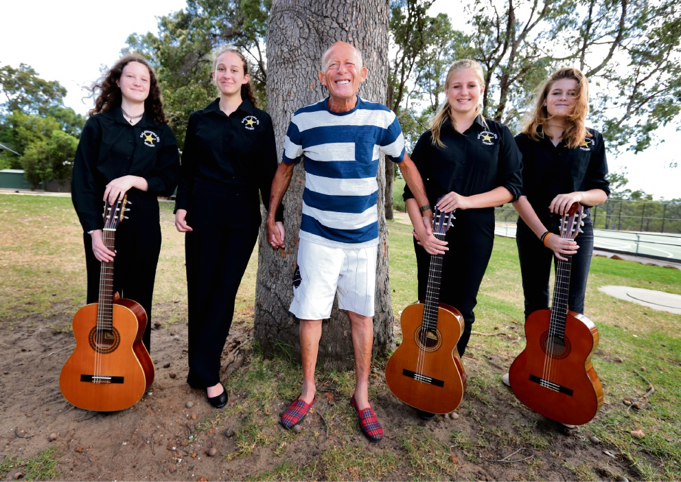 Picture: Year 9 music students Saskia Blake, Quinn Armenti, Annalise Stevens and Poppy Ben-Ary from Kalamunda Senior High School met Helfgott last Thursday, March 9 after a performance at Gooseberry Hill Primary School. Picture: David Baylis