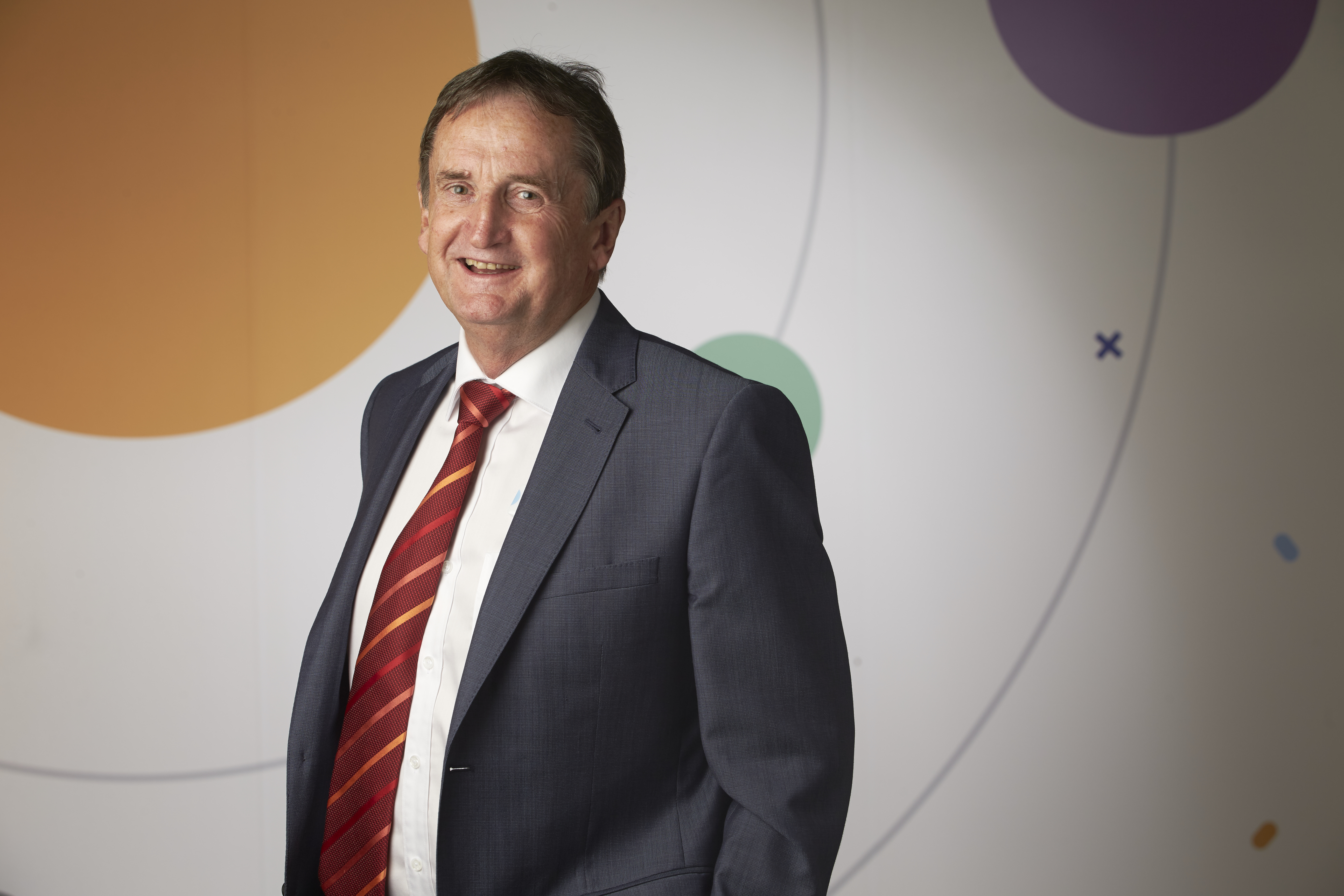 Scitech chief executive Alan Brien has announced he will retire after 17 years in the role